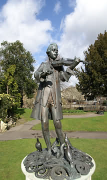 Statue of Young Mozart in Parade Gardens