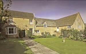 Cowley House is a beautiful mid 18th century Cotswold stone property, originally a farm house. and granary.