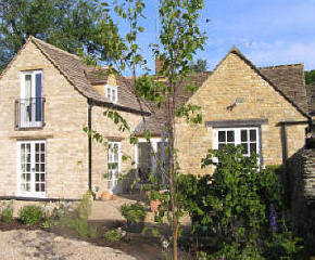 The Chestnuts holiday cottage in Shilton near Burford