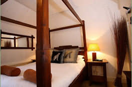 Accommodation at The Lamb Inn