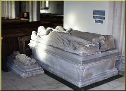 Tomb of Sir Giles Berkeley and wife