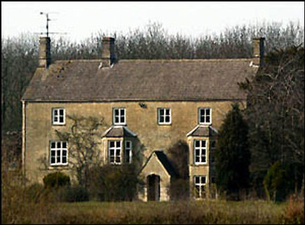 Cotswolds home of Liz Hurley