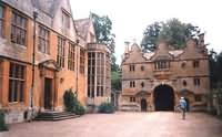 Beautiful Elizabethan Stanway House and Gardens