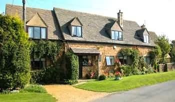 A Cotswold  Retreat at Folly Farm Cottage, Back street, Ilmington, Warwickshire