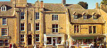Chipping Campden - Wealthy Wool Town in 17th and 18th century - immaculately preserved