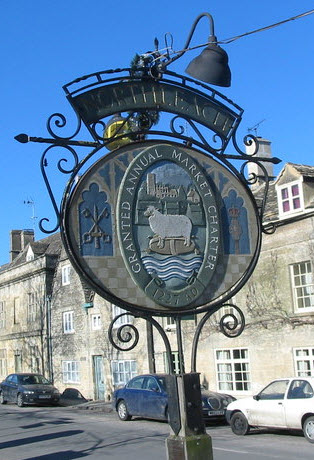 Northleach town entry sign