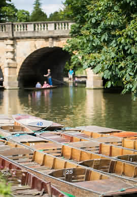 Punting on the River in Oxford