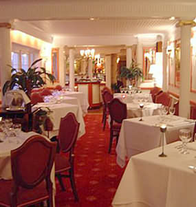 Stylish surroundings at Sorrento Restaurant Stratford Warwickshire