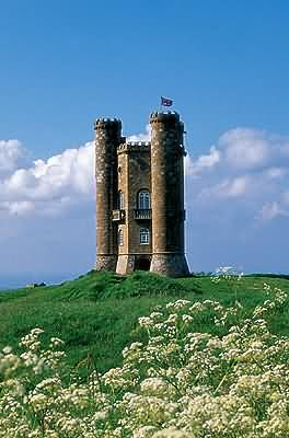 Broadway Tower overlooking the village of Broadway in Worcestershire
