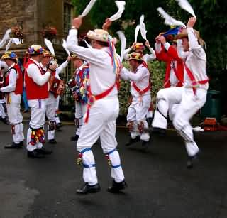 25af03530fd8b Morris Dancers in the Cotswolds | Cotswold Blog