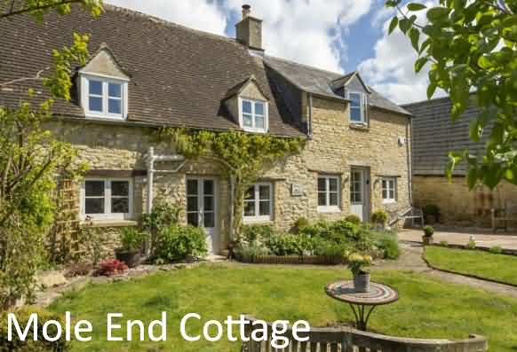 Mole End Cottage at North Cerney near Chedworth