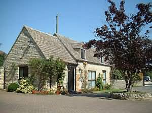 Self Catering in the heart of the country Just 7 miles south of Stratford-upon-Avon