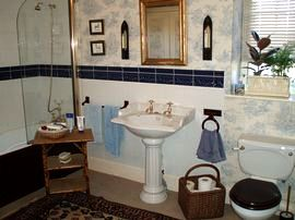 Bathroom at Church Farm Bed and Breakfast, Long Newnton, Tetbury, Gloucestershire