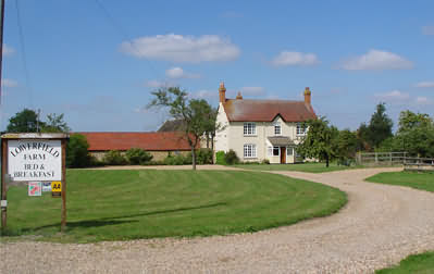 Exterior view of Lowerfield Farm B&B