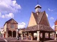 Buttercross and Town Hall